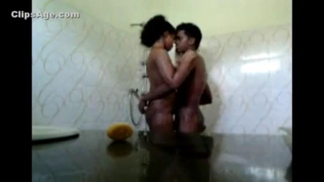 Aluth sex video if young desi couple fucking Indian sex videos